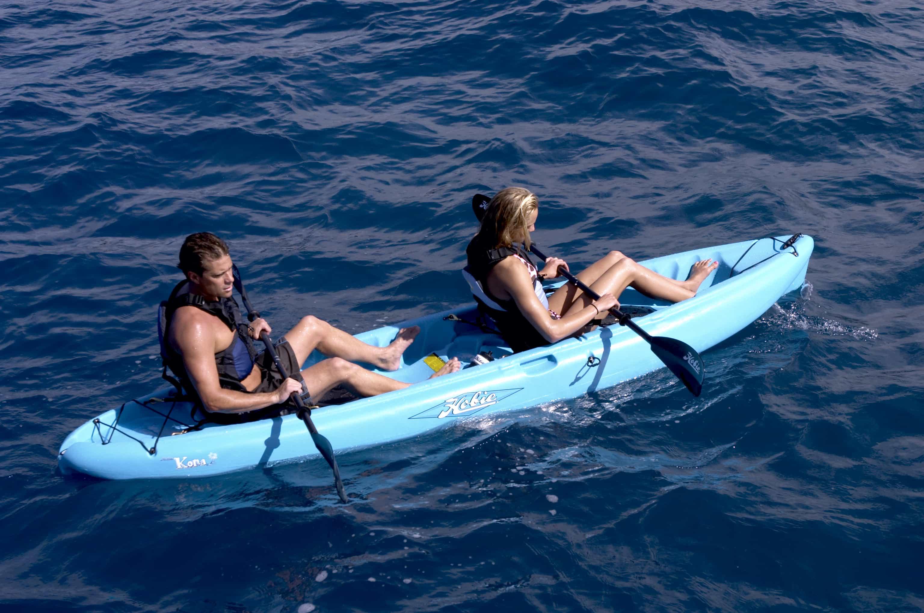 Préparation d'une randonnée en kayak dans la baie de Lancieux
